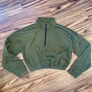 Forever 21 Army Green Cropped Sweatshirt   S